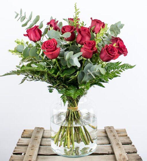 mandar 12 rosas a domicilio